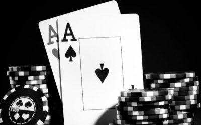 Les jeux de hasard, les amis et la justice, la saga du poker
